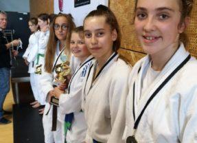 les filles 3ièmes du Championnat Régional par equipe Minimes